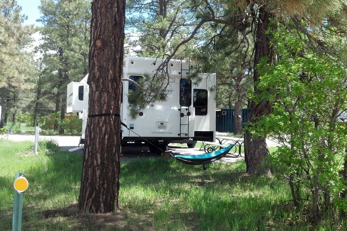 Mountain Landing Suites & RV Park